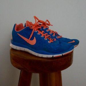 Nike   Free Run 5.0 Sneakers, Sz 6.5